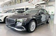Xe Mercedes E200 Exclusive đời 2021, màu đen giá 2 tỷ 310 tr tại Hà Nội