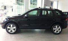 Bán ô tô Volkswagen Touareg E sản xuất 2015, màu đen, nhập khẩu, khuyến mãi thuế trước bạ  giá 2 tỷ 442 tr tại Tp.HCM