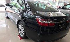 Hỗ trợ vay đến 85% giá xe Toyota Camry màu đen, xe giao ngay giá 1 tỷ 300 tr tại Tp.HCM