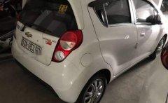 Cần bán gấp Chevrolet Spark sản xuất 2015, màu trắng, giá tốt giá 295 triệu tại Tiền Giang