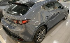 Dáng Hatchback: Mazda 3 1.5L Premium sản xuất năm 2020, màu xám giá 869 triệu tại Tp.HCM