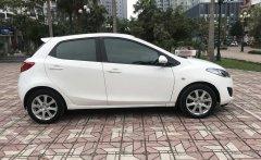 Gia đình cần bán Mazda 2 2S đời 2014, màu trắng, giá tốt giá 369 triệu tại Hà Nội