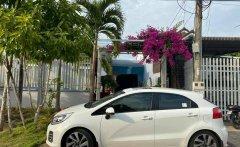 Cần bán xe Kia Rio sản xuất năm 2016, màu trắng giá 430 triệu tại Đồng Nai