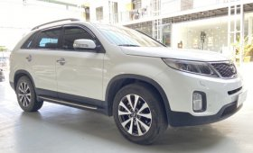 Bán xe Sorento máy xăng 2.4, màu trắng sx 2015.  giá 630 triệu tại Tp.HCM